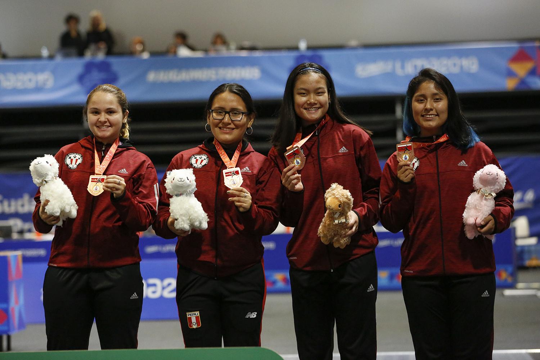 Perú consigue una nueva medalla en Esgrima