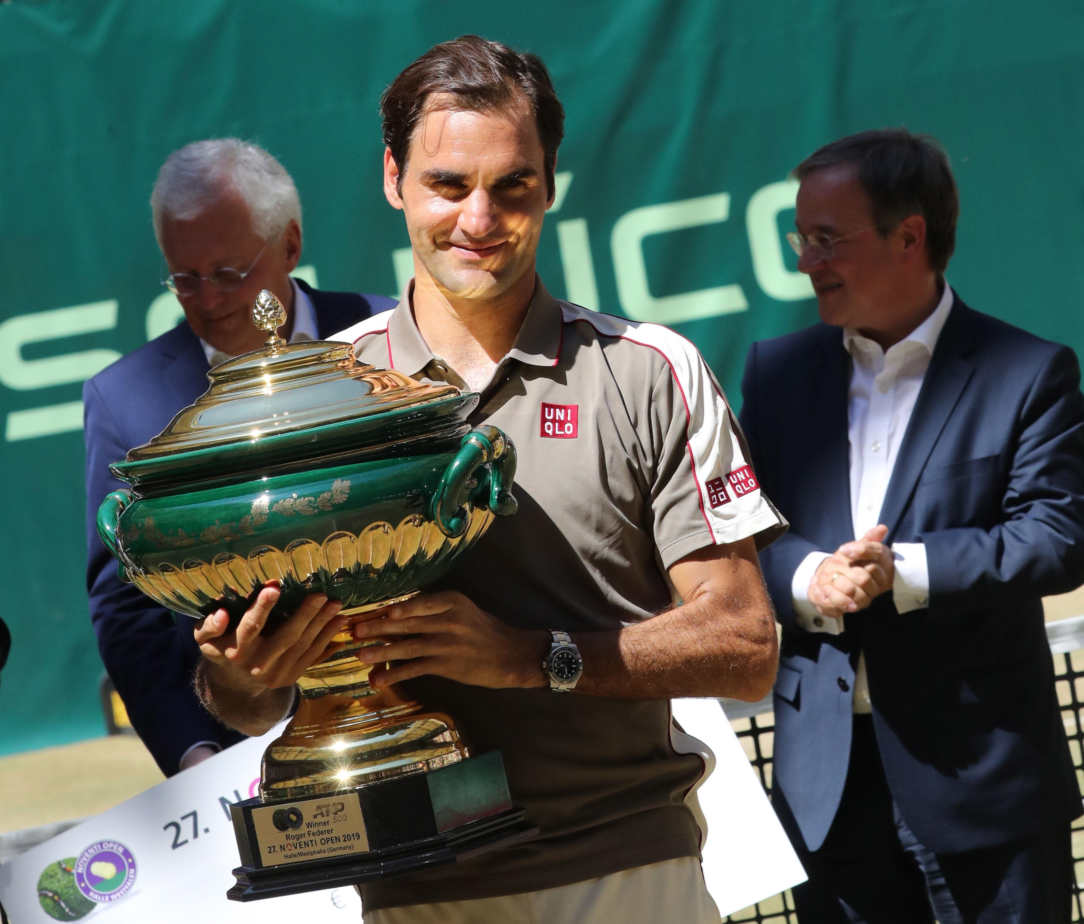 Roger Federer suma un nuevo título en Halle