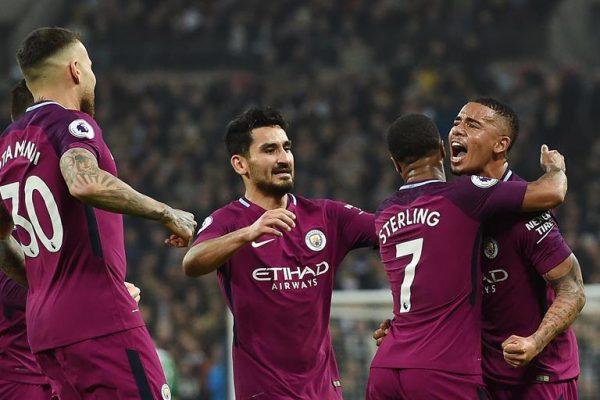 Manchester City venció 3-1 en su visita al Tottenham.