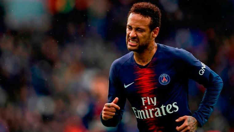Ligue 1: PSG lució su título con un empate