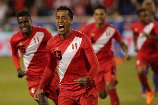 Renato Tapia abrió el marcador ante Islandia