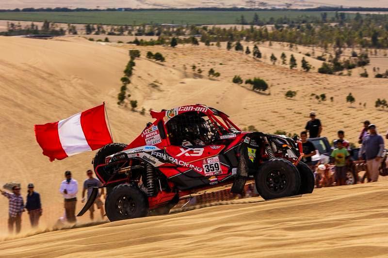 Peruanos Juan Carlos y Javier Uribe terminaron en 2º puesto en la segunda etapa del Dakar 2018